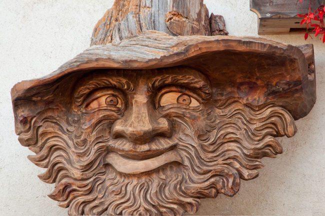Geschenksstadl - Holzschnitzereien & Mineralien in Haus im Ennstal